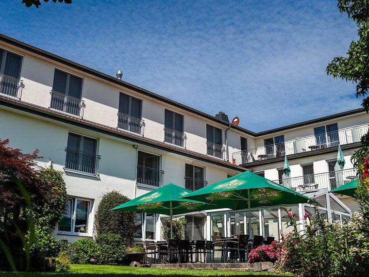 Hotel Garni mit Biergarten